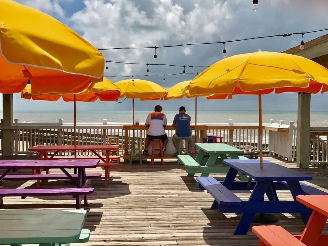 Tipsy Turtle Seaside Bar & Grill