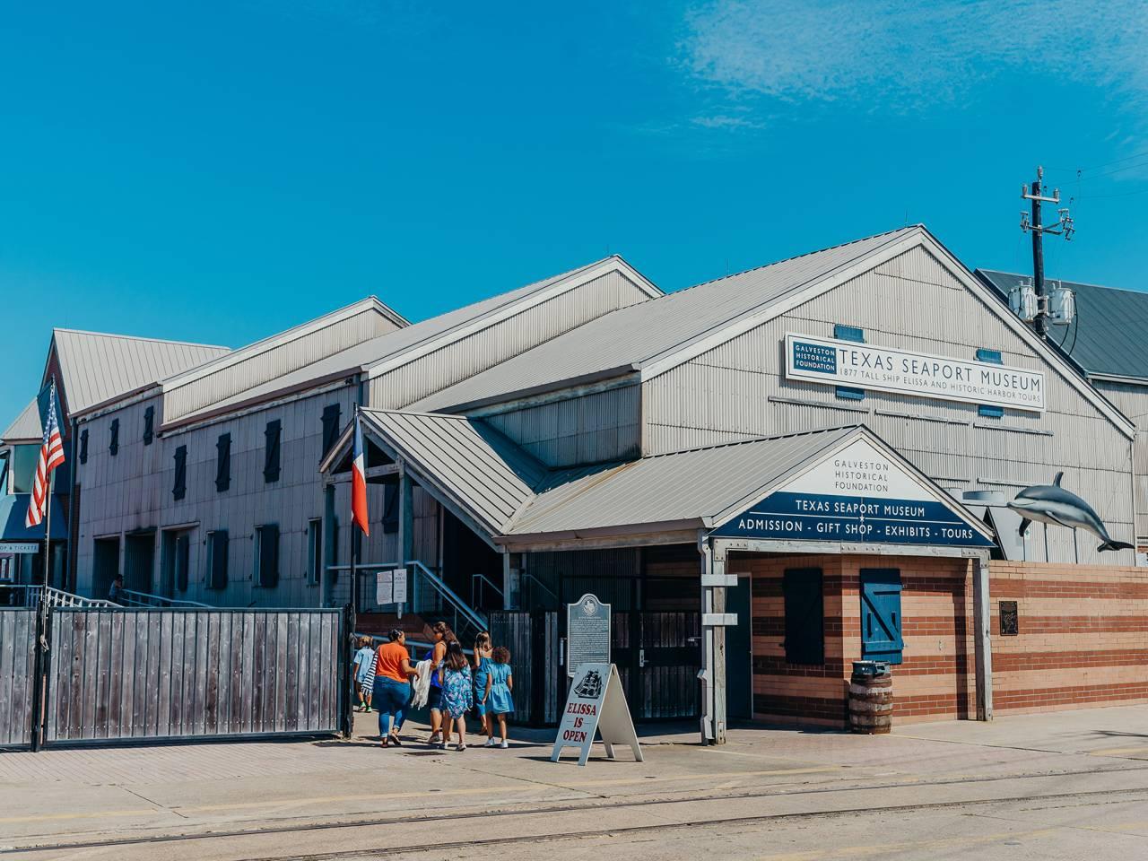 Texas Seaport Museum & 1877 Tall Ship Elissa